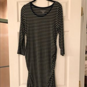 Liz Lange Maternity Dress Small GUC